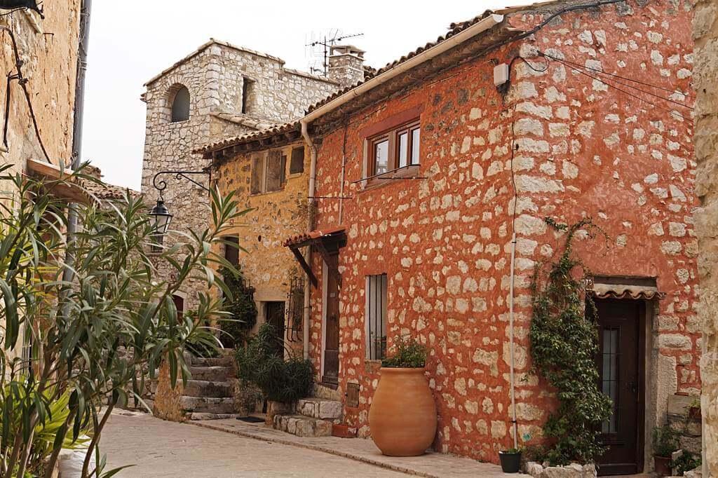 In der Provence gibt es einige schöne mittelalterliche Dörfer