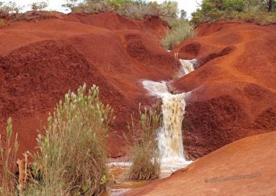 Waimea Canyon rote Erde