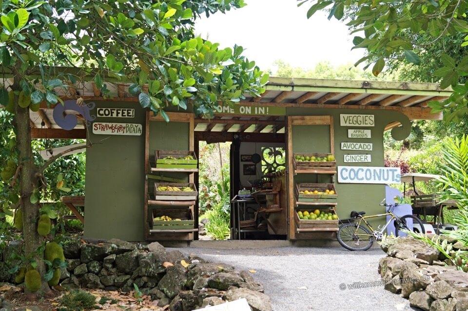Laulima Fruit Stand, Maui