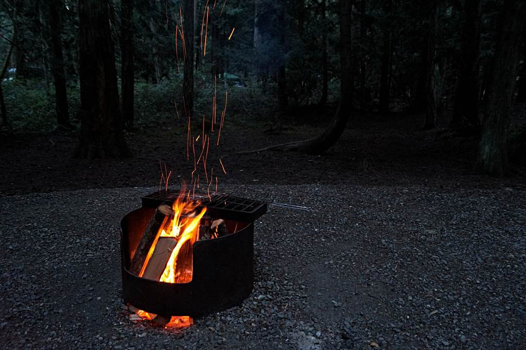 Feuerstelle (Fire Pit) am Campground