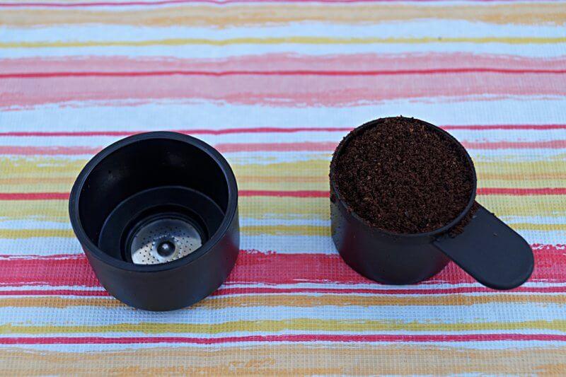 Kaffeepulver abmessen
