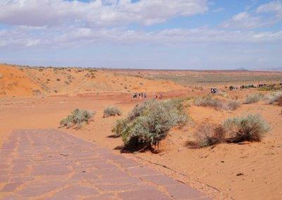 Der Weg vom Parkplatz zum Abstieg in den Canyon