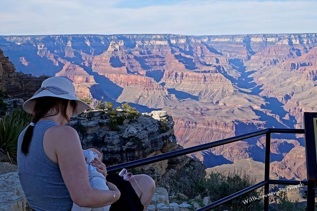 Stillen mit Aussicht! Hier am Trailview Overlook des Grand Canyon South Rim