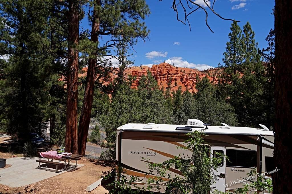 Aussicht von unserer Site auf dem Campground des Red Canyon, Utah