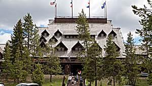 USA-Yellowstone-Lodges-bbs