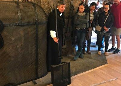 Der historische Popcorn-Maker während der Führung im Old Faithful Inn