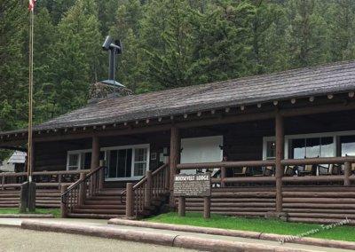 Die Roosevelt Lodge von außen
