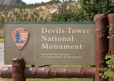 Einfahrt zum Devils Tower