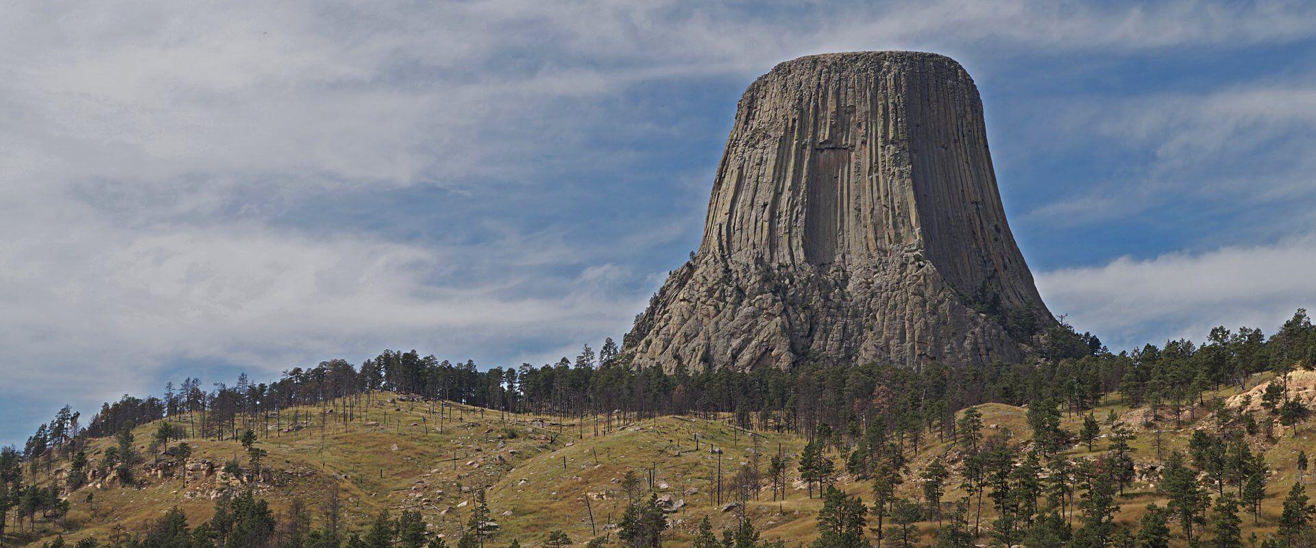 Mythen, Legenden, Geologie – und putzige Präriehunde am Devils Tower
