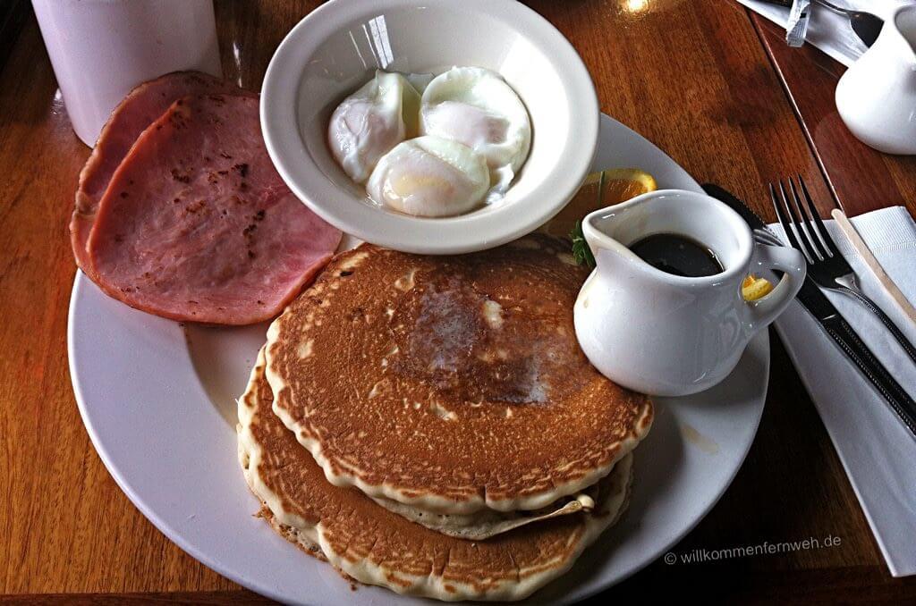 Frühstück im Whalecity Restaurant